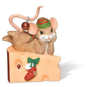 Christmas Mouse on Cheese Figurine Charming Tails®