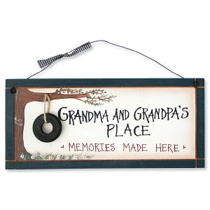 Grandma and Grandpa's Place Sign