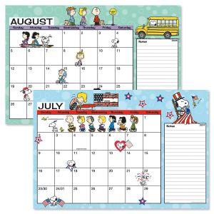 PEANUTS® 2017/2018 Calendar Pad