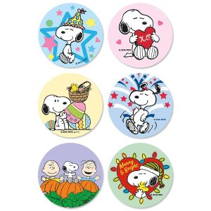PEANUTS® Seasonal Envelope Seals  (6 Designs)