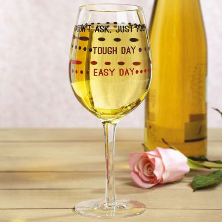 Day's Pour Wineglass