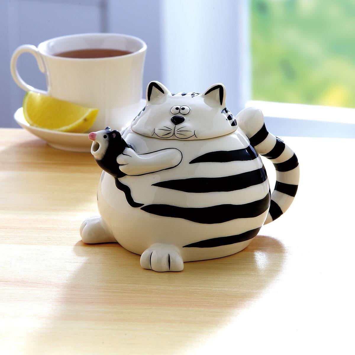 Cat & Mouse Teapot