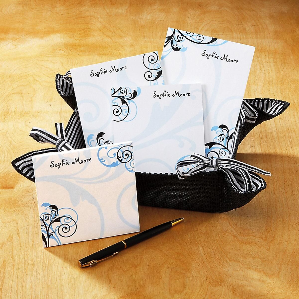 Personalized Notes in a Basket